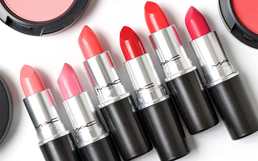 How to Get Free Makeup at MAC, Sephora & More!